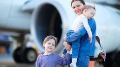 Como viajar sozinha com os filhos | Baby Dicas