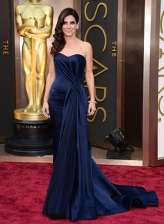 Sandra Bullock arrives at the 86th Annual Academy Awards at the Dolby Theatre in Hollywood on March 2, 2014. (Jordan Strauss/Invision/AP)