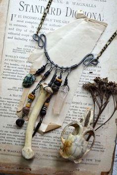 WolfTea - of bones, hand crafted bone necklace Bone Jewelry, Diy Jewelry, Jewelery, Jewelry Making, Larp, Beltaine, Mundo Hippie, Estilo Tribal, Bone Crafts