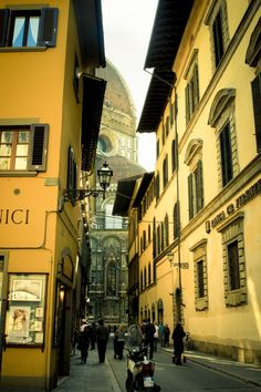 Firenze    [I loved Florence. I want to move there and buy a Vespa! ~KP~]