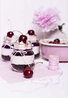 Kirsch-Mascarpone-Brownie-Dessert