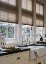 Luxaflex® Duette® Shades are soft, durable and designed to cover most window shapes. Find out more about Luxaflex® Duette® online. Cosy Kitchen, New Kitchen, Kitchen Decor, Store Venitien, Store Bateau, Blythe House, Drapes And Blinds, Brown Furniture, Curtain Designs