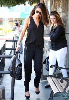 KAT -Perfect proportion for petite frame.  Love drape of both pieces and shoes great.  No business on an empty stomach: The 21-year-old star grabbed lunch with her mother Mandy Cornett at The Little Cafe before her business meeting