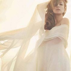 Hamasaki Ayumi announces her engagement with a 25-year-old UCLA graduate student | tokyohive.com