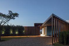 Galeria de Casa GCP / Bernardes Arquitetura - 2