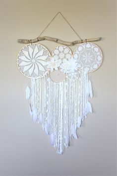 Excited to share the latest addition to my shop: Large Dream Catcher Wall Hanging-Dreamcatcher Wall Hanging-Driftwood Doily Dreamcatcher-Bedroom Decor-Wedding Decor-Photography Backdrop decorations deko dresses fotoshooting hair ideas ideen Grand Dream Catcher, Dream Catcher Bedroom, Dream Catcher Craft, Large Dream Catcher, Dream Catcher Boho, Doily Dream Catchers, Diy Room Decor, Bedroom Decor, Dream Catcher Patterns