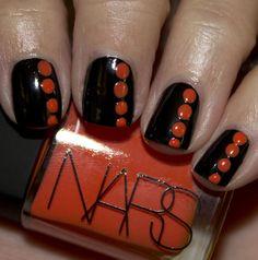 Halloween dot #nails