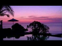 Beautiful Beaches And luxurious Villas In Bali Bali Honeymoon, Best Honeymoon Destinations, Dream Vacations, Vacation Spots, Romantic Honeymoon, Bali Resort, Beautiful Sunset, Beautiful Places, Beautiful Songs