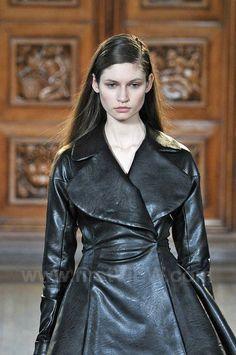 Emilia Wickstead, Victorian, London, Fall, Collection, Dresses, Fashion, Autumn, Vestidos