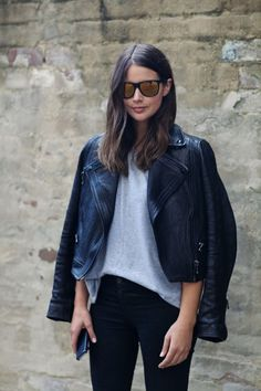 Sara in cool mirrored sunglasses, leather moto jacket tee & black jeans #style #fashion #harperandharley