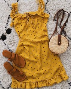 yellow short sundress outfit idea outfits dresses # dresses - Source by OutfitTrendss ideas casual Yellow Dress Summer, Short Summer Dresses, Summer Dress Outfits, Yellow Dress Outfits, Dress Long, Spring Outfits, Yellow Sundress, Spring Shorts, Trendy Dresses