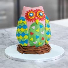 How to decorate an Owl Cake - Renshaw