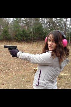 Amanda with Glock 19 9mm PROFILE: http://92moose.fm/maine-girls-with-guns-profile-amanda-main/