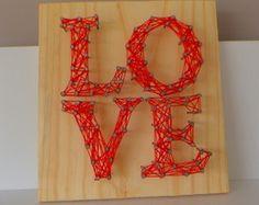 Quadro de Prego e Linha - Love