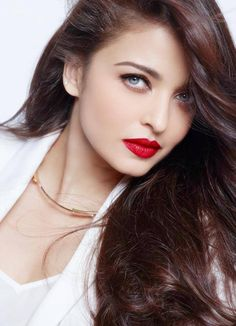 hair, beautiful, and bollywood image Aishwarya Rai Makeup, Actress Aishwarya Rai, Aishwarya Rai Bachchan, Beautiful Bollywood Actress, Most Beautiful Indian Actress, Beautiful Actresses, Indian Celebrities, Bollywood Celebrities, World Most Beautiful Woman