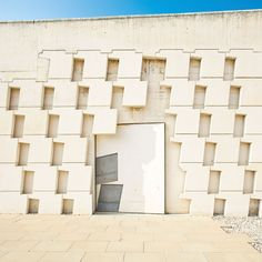 AD Classics: Igualada Cemetery / Enric Miralles + Carme Pinos