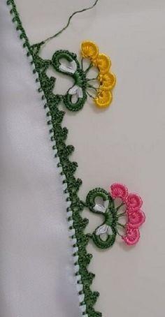 Sevgimizin Sonsuzluk Çiçekleri Oya Modeli #çeyizlikpatik #örgü #örgüyelek #şal #örgümodelleri #örgümüseviyorum #örgüçanta #knitting #knittingpatterns #knittinglove #knittinginstructions #knittingbasics #gelin #çeyiz #çeyizlik #oya #oyamodelleri #oyaörnekleri #oyamodeli #şal #shawl #crochet #çeyiz #bohça #patik #kolaypatik #patikmodelleri #needlelace #lace Flower Embroidery Designs, Creative Embroidery, Irish Crochet, Knit Crochet, Baby Knitting Patterns, Crochet Patterns, Arabic Mehndi Designs, Crochet Borders, Crochet Flowers