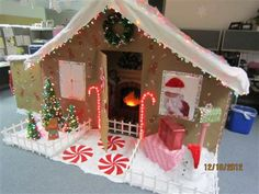 Rate Me - Lights On! Christmas Float Ideas, Christmas Parade Floats, Christmas Crafts, Christmas Cubicle Decorations, House Decorations, Office Decorations, Candy Decorations, Christmas Gingerbread House, Gingerbread Houses