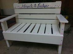 Childs pallet bench..