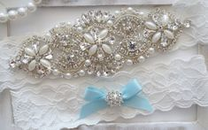 https://www.etsy.com/es/listing/201414959/wedding-garter-set-bridal-garter-set