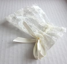 50 Pcs Cream Lace Bags Wedding Favor By Worldofwillows Old Dresses