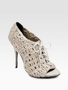 Crochet Lace up Booties- VERY CUTE...this is one field I am NOT talented in, Crochet & Shoe making.
