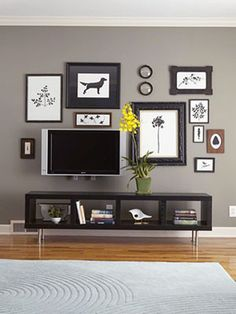 Flatscreens  Go Monochromatic  With all the black, white, and gray, the TV looks like just one more piece of art.