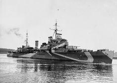 HMS Bermuda, Colony Class cruiser in Admiralty Disruptive