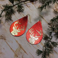 Teardrop leather earrings, Christmas red leather teardrop earrings with gold deer, red and gold metallic leather earrings - #metallicleather - Teardrop leather earrings, Christmas red leather teardrop earrings with gold deer, red and gold metallic leather earrings... Diy Leather Earrings, Diy Earrings, Leather Jewelry, Earrings Handmade, Teardrop Earrings, Metallic Leather, Red Leather, Metallic Gold, Amethyst Jewelry