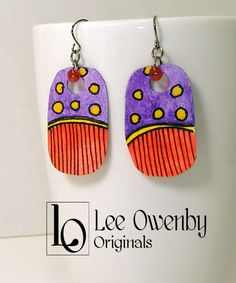 About artist Lee Owenby. Noted for acrylics, watercolors, finely detailed ink drawings and handmade jewelry. Paper Bead Jewelry, Paper Earrings, Old Jewelry, Ceramic Jewelry, Paper Beads, Ceramic Beads, Tribal Jewelry, Clay Earrings, Jewelry Crafts