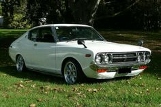Datsun 160j royale white