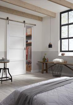 Je inloopkasten met een schuifdeur is ontzettend praktisch en ook heel erg mooi. CanDo heeft alles in het assortiment. #CanDo schuifdeuren