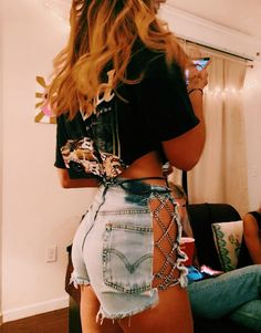 justinellisenjoy - 0 results for biker shorts outfit Look Fashion, Diy Fashion, Ideias Fashion, Fashion Outfits, Lolita Fashion, Edgy Outfits, Cool Outfits, Summer Outfits, Neon Rave Outfits