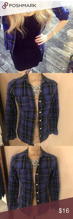 Flannel days Size XS - Super cozy and comfy. Beautiful color blue. Tops Button Down Shirts