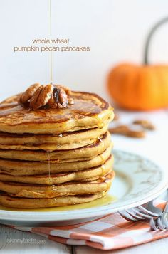 Chilly October mornings call for these HEALTHY whole wheat pumpkin pecan pancakes!
