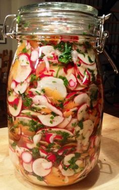 And if you made pickled vegetables for nibbling in the summer and … – The most beautiful recipes Easy Healthy Recipes, Raw Food Recipes, Meat Recipes, Snack Recipes, Snacks, Prepped Lunches, Greens Recipe, Vegetable Dishes, Ketchup