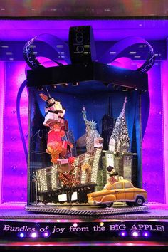 The Best Holiday Windows of 2013 - Department Store Holiday Window Displays Around the World - Elle