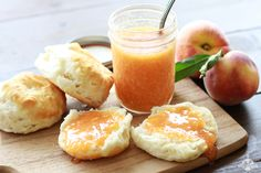 Peach Freezer Jam - 2 1/2 pounds fresh, ripe peaches, 2 tablespoons lemon juice, 1 1/2 cups sugar, 5 tablespoons instant pectin.