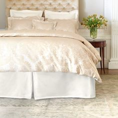 Woven by master artisans using time-tested techniques, our 500-thread-count, 100% Egyptian cotton jacquard duvet cover features a tone-on-tone damask pattern with an Art Nouveau flair in a rich semolina hue, creating a subtle yet regal master bed statement.   All Sophia bedding has been crafted as an exact color match for our Annie Selke Luxe  Carina and  Piazza coordinates, for multiple pairing and layering opportunities.   • 100% Egyptian cotton sateen.  • 500 thread count.  • Knife edge…