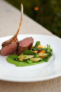 Fine dining is an art. Lamb Cutlets Recipe, Cutlets Recipes, Lamb Recipes, Wine Recipes, Gourmet Recipes, Lamb Rack Recipe, Food Plating Techniques, Rack Of Lamb, Star Food