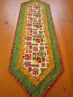 christmas table runners | Christmas Table Runner Christmas Gift by ... | My Patchwork Quilts, T ...