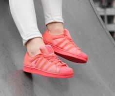 d7375a330ee Adidas SUPERSTAR WEAVE roze lage sneakers Cute Sneakers, Adidas Superstar, Adidas  Shoes, Weave