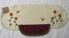 Primitive-Bee-Sunflower-Watermelon-Table-Runner-Candle-Mat-Doily-NEW-RR-3223
