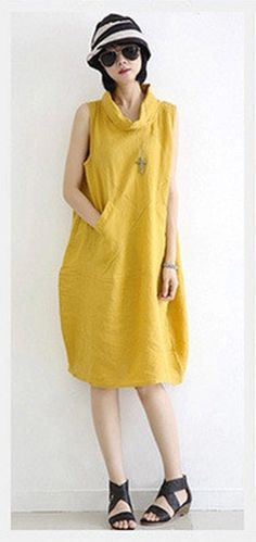 Linen Dress in Master Color