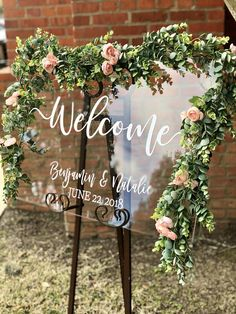 Clear Glass Look Acrylic Wedding Welcome Sign, Personalized Modern Wedding Welcome Sign Decoration for Display, Custom Wedding Sign - Wedding Planning Wedding Tips, Diy Wedding, Rustic Wedding, Wedding Ceremony, Wedding Planning, Dream Wedding, Wedding Day, Quirky Wedding, Elegant Wedding