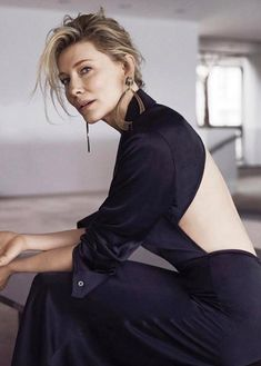 Cate Blanchett styled by Karla Clarke wears the Open Back Slope Dress Cate Blanchett, Kate Walsh, Kate Winslet, Hollywood Actresses, Girl Crushes, Divas, Ideias Fashion, Beautiful People, Fashion Beauty