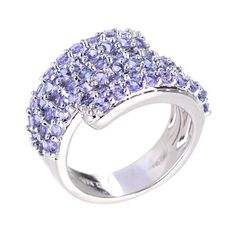 Round tanzanite ring in silver