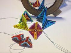 zia lola beads it: Geometric Beadwork - Arrows  Free instructions