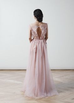 Tulle wedding dress Poesia blush wedding gowns open back boudoir dress rose lace bridal dress boho wedding dress unique wedding dresses Wedding Boudoir, Tulle Wedding, Boho Wedding Dress, Bridal Dresses, Wedding Gowns, Wedding Makeup, Bridesmaid Dresses, Prom Dresses, Long Sleeve Wedding