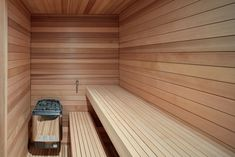 Alta Chalet is a minimalist architecture project located in Collingwood, Canada, designed by AKB. Saunas, Hot Tub Deck, Chalet Design, House Design, Minimalist Architecture, Ski Chalet, Open Concept Kitchen, Winter House, Prefab Homes